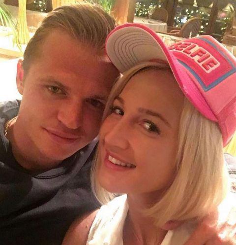 Ольга Бузова прилетела в Италию поддержать супруга