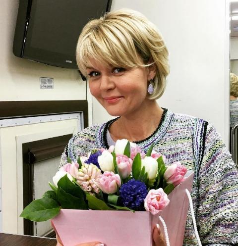Юлия Меньшова ошеломила раритетной фотографией