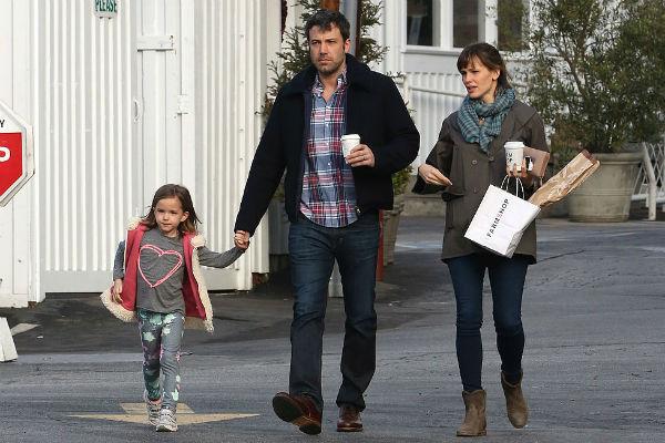Бен Аффлек и Дженнифер Гарнер с дочерью Вайолет