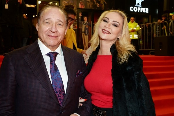 Максим Дунавский с супругой Мариной Рождественской
