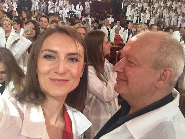 Дмитрий Марьянов женился на Ксении Бик в сентябре 2015 года