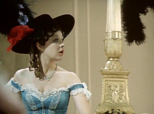 Кадр из фильма «Летучая мышь»