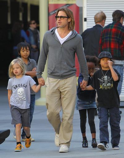 Брэд Питт с детьми