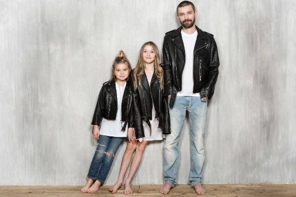 Владимир Кристовский с детьми в одежде бренда KETIone