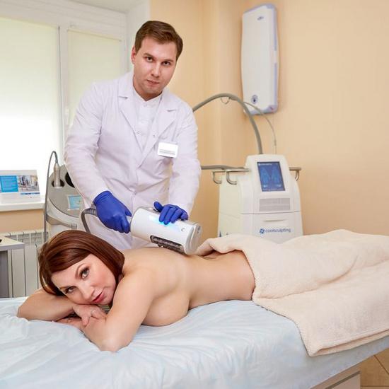 Роза Сябитова готовится к процедуре