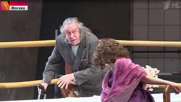Зрители утверждали, что из-за развязного поведения Ефремова многие покидали зал