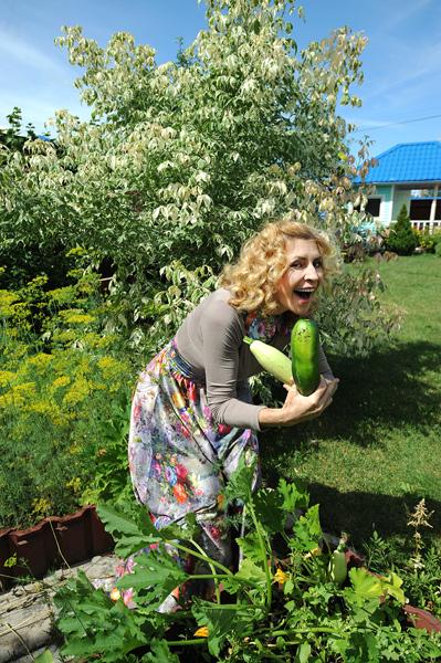 В саду у Агибаловой - настоящее изобилие