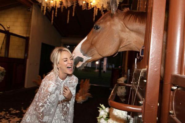 Кейли с самого детства занимается конным спортом