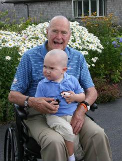 Джордж Буш-старший с Патриком