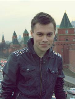 20-летний Илья купил джинсы Ксюши всего за 1000 рублей