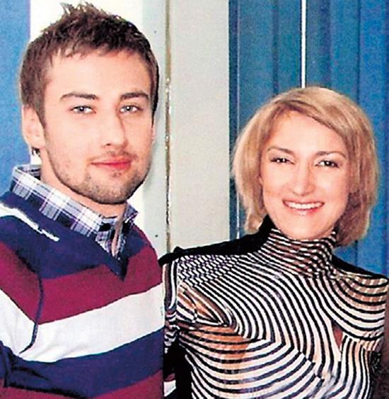Первый брак с Анной Таболиной длился всего три недели