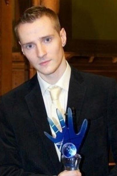 Дмитрий Волхов