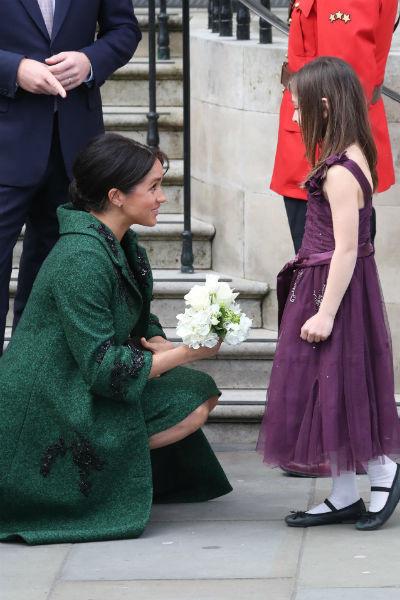 Герцогиня обожает детей