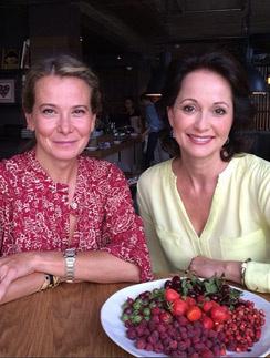 Юлия Высоцкая и Ольга Кабо: отлично посидели