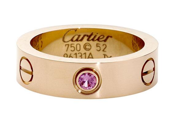 Cтоимость кольца Марии – 169 тысяч рублей