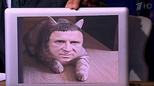 Фотография на ноутбуке телеведущего, вызвавшая недовольство у Кашпировского