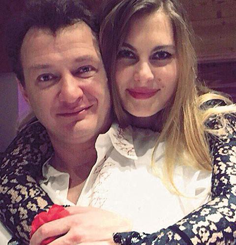 Избитая супруга Башарова подала иск оразводе