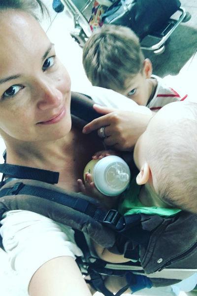 Актриса проводит много времени с сыновьями