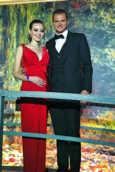 Анастасия Костенко рада, что скоро станет мамой