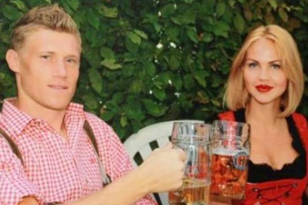 Супруга футболиста призналась, что муж выпил бутылку пива