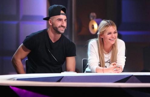 Анна Хилькевич с мужем Артуром  съемках программы «Где логика?»