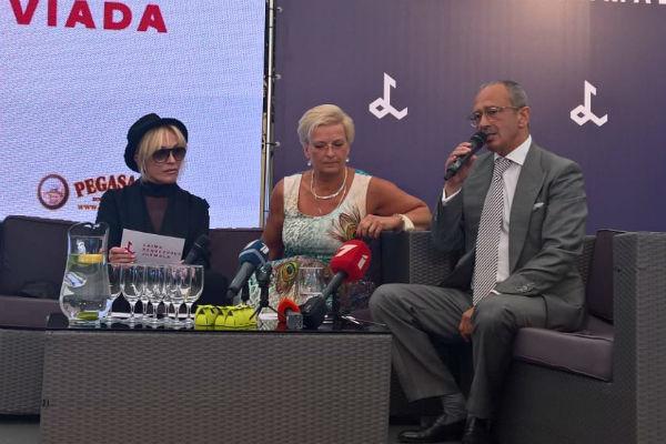 Сегодня в Юрмале организаторы дали пресс-конференцию