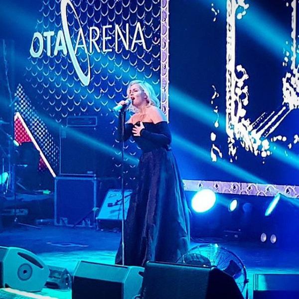 Выступление Гагариной на сцене Yota Arena