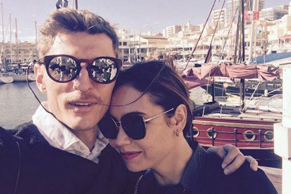 Павел с супругой Ляйсан Утяшевой