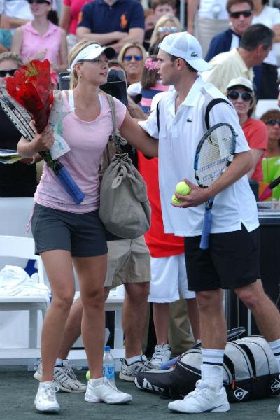 Теннисистка с бывшим возлюбленным Энди Роддиком