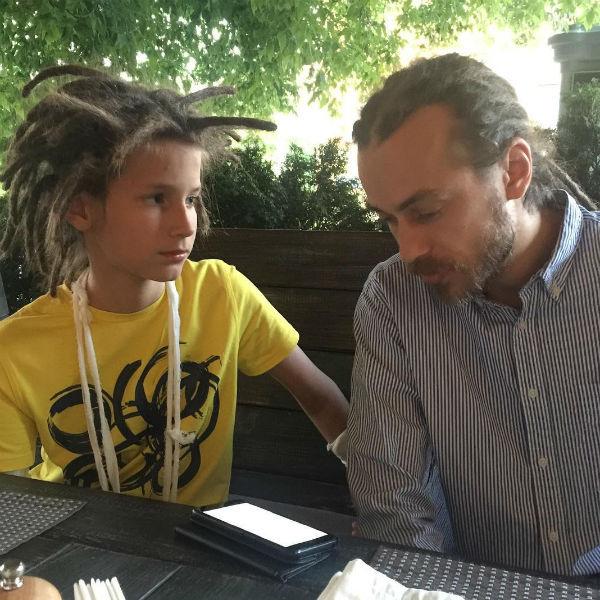 Тони вместе с отцом Кириллом Толмацким