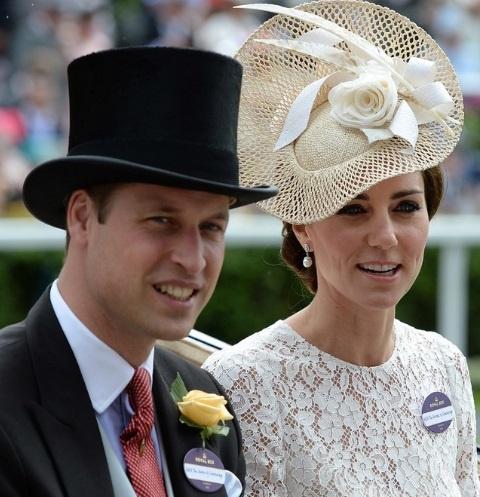 Королевские интриги: упринца Чарльза был роман сэкс-супругой его брата изоражения