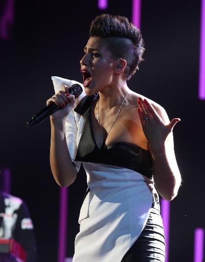 Певица Ромади