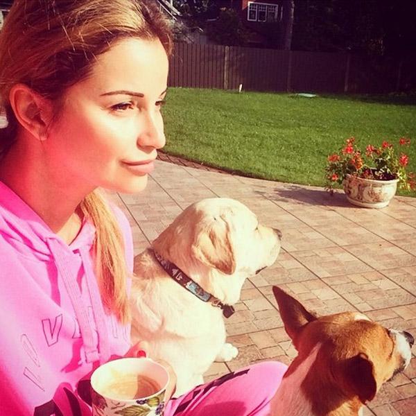 Ольга вместе с собаками Жанны - Улей и Лукешей