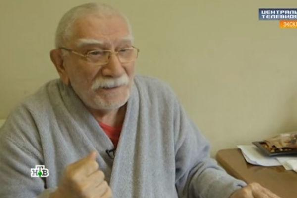 Армен Джигарханян планирует навсегда расстаться с молодой женой