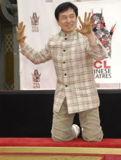 Джеки Чан оставил не только отпечатки рук и ног, но и носа