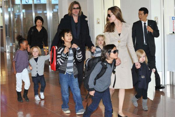 Питт и Джоли вместе воспитывали троих усыновленных и троих биологических детей