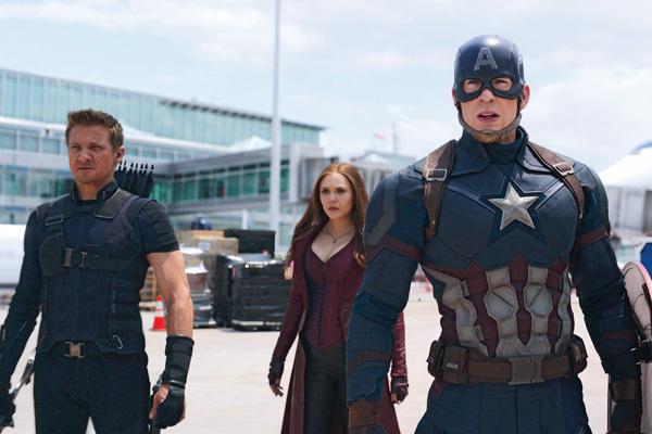 После роли супергероя Капитана Америки в фильме «Первый мститель» Кристофер Эванс проснулся знаменитым