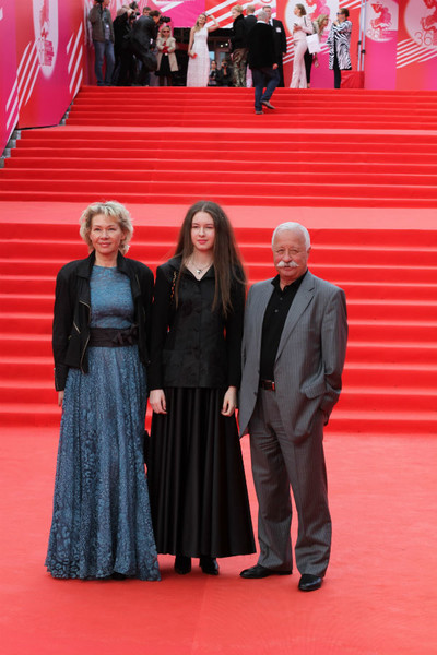 Леонид Якубович с женой и дочерью
