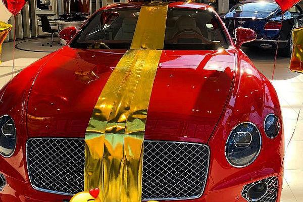 Новый автомобиль модели стоит 20 миллионов рублей