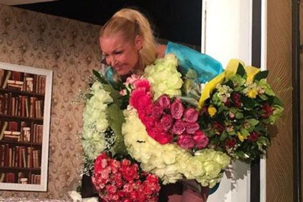 Анастасия Волочкова дебютировала в постановке «Пришел мужчина к женщине»