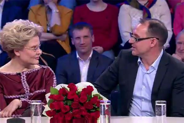 Елена Малышева с мужем Игорем на передаче «Сегодня вечером»