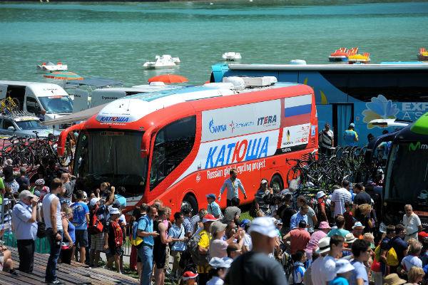 Автобус российской команды «Катюша»