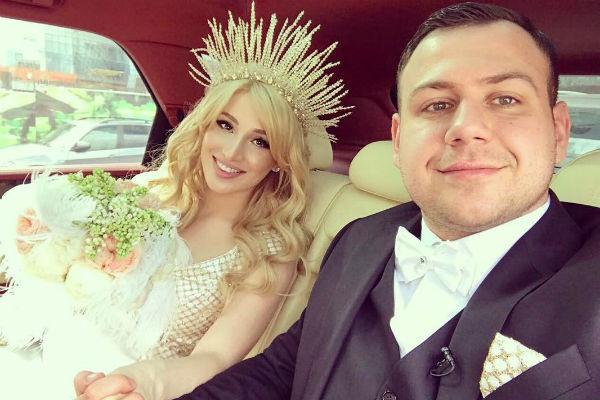 В прошлом году Тата и Валера сыграли свадьбу