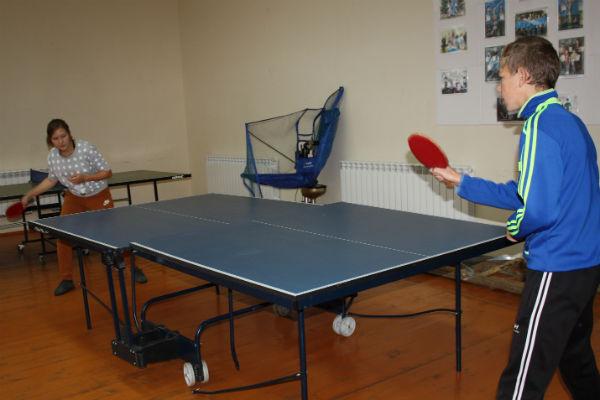 Несколько лет назад в Лебедине открыли спортивный центр для игры в теннис