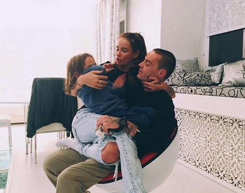Айза Анохина, Гуф и их сын Сэм