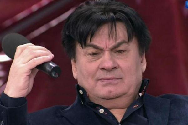 Александр Серов