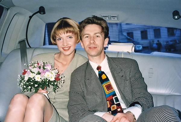 Виола и Валерий вместе с 1993 года. Девушка работала в группе «Браво» костюмером