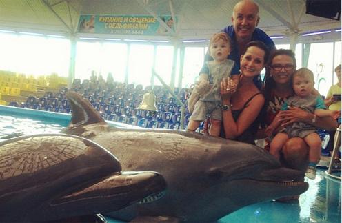 Ольга Кабо с мужем Николаем и сыном Витей и Эвелина Бледанс с сыном Семеном