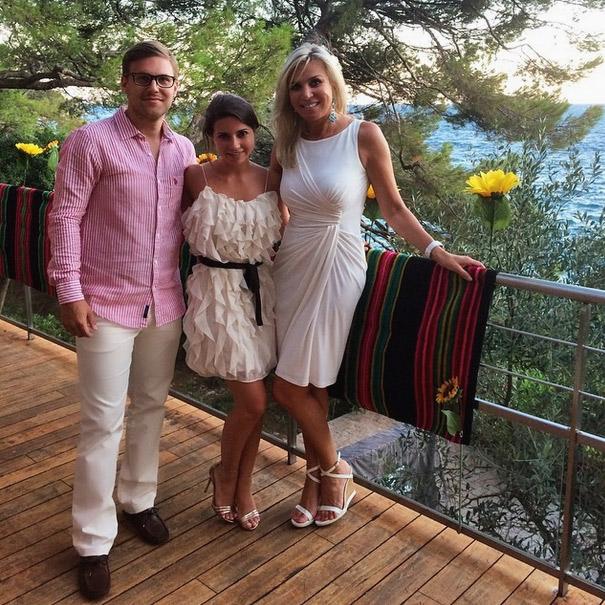 Пара часто отдыхает вместе с мамой Галины, Мариной Юдашкиной
