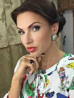 Эвелина Бледнас